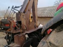 Retroexcavator, brat excavare tractor