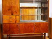 Vitrina din furnir lucios cu doua sertare sticla oglinda bar