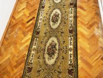 Covor persan in stare 350 100