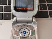 Motorola V500 - 2003 - Vodafone RO