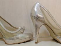 Pantofi dame cu tocuri purtat o noapte marime 39
