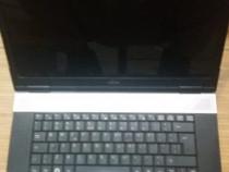 Laptop Fujitsu V6555 webcam,vga,microfon