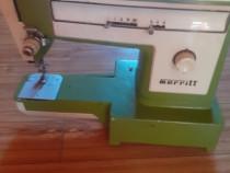 Masina de cusut Merritt ,Nicoleta si Sanda