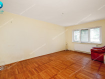 Apartament cu 2 camere decomandate parter in Mazepa 2