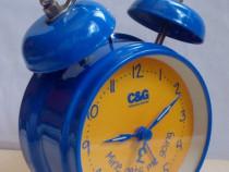 Ceas de masă deșteptător C&G, stare excelentă, funcțional
