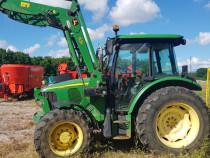 Tractor John Deere 5820