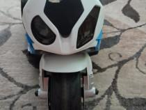 Motocicleta BMW pentru copii