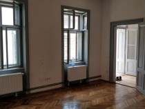 Inchiriez apartament 2 camere zona centrala Andrei Saguna