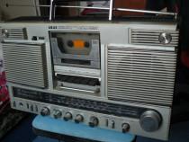 Radiocasetofon Akai AJ-490FL