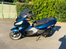 Motocicleta Malaguti Madison 125 cc