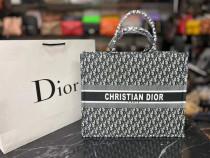 Genti Christian Dior material textil/Franța