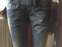 Pantaloni scurti de la Disel