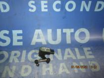 Senzor nivel suspensie Renault Laguna 2001 (fata)