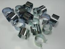 Clipsuri metalice pentru prinderea foliei