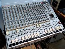 Mixer audio cu placa de sunet pe 24biti.