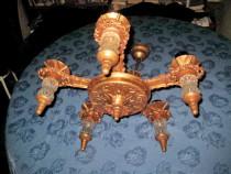 2827-Candelabru avand 5 brate cu sticle decorative.