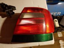 Tripla lampa stop Audi A4 B5.5 facelift 2001