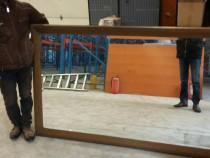 Oglinda de cristal din casa veche