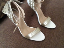 Sandale superbe cu aripi, masura 39