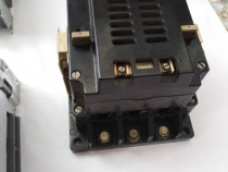 Contactor Electric 200A. bobina 240V.