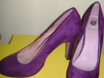 Pantofi la strada