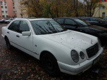 Mercedes E220 D Classic