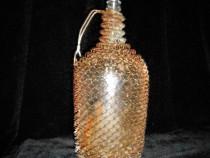 Damigeana din sticla cu plasa de sarma