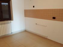 Apartament cu 4 camere in Falticeni central