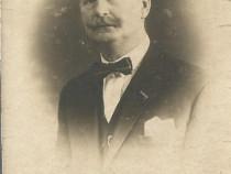 Fotografie anii 1920, portret de bărbat
