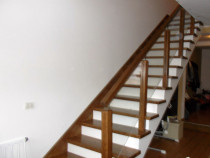 Proiectez, execut și montez scări interioare din lemn masiv