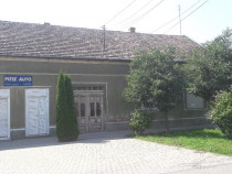 Casa si spatiu comercial ultracentral din Pecica jud Arad