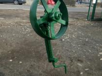 Roata originala masiva cu suport pt plug tractor