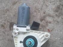 Motoras geam electric dreapta spate mercedes b class w245
