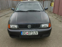 Vw polo .1999. motor 1.4. cm aer conditionat