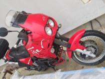 Motocicleta triumph tiger 900 cmc