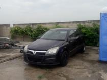 Dezmembrez Opel Astra H