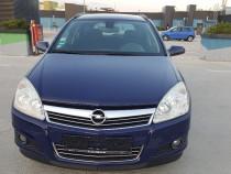 Opel Astra . Model nou Face Lift . Klima . Volan Piele