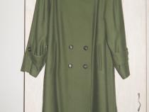 Palton dama, mas 46, stofa de lana. nou