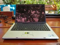 Laptop Philips X58 pentru piese, porneste dar nu afiseaza