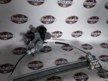 Macara stanga fata Nissan Juke 2011