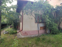 Casa 5 camere in Campina,Prahova,central,270 mp teren