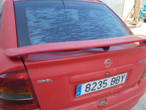 Eleron portbagaj capota Opel Astra g