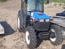 Tractor viticol 75cai new holland