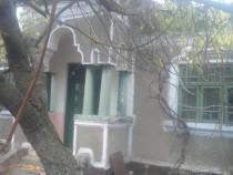 Casa ultracentrala cu teren 1600mp in Comuna Teiu, Arges