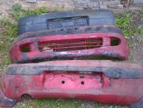 Bara fata spate rosu negru Daewoo Matiz