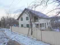 Casa în loc Faurei, Neamt