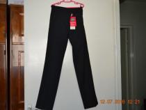 Pantaloni negri din stofa M&S