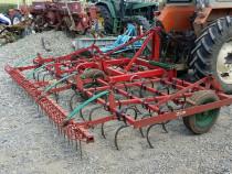 Vibrocultor hidraulic 4 metri