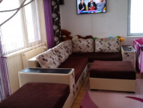 Canapea living pe colt cu 2 cuburi