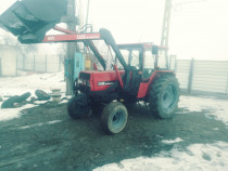 Tractor Case International 685,cu incarcator frontal